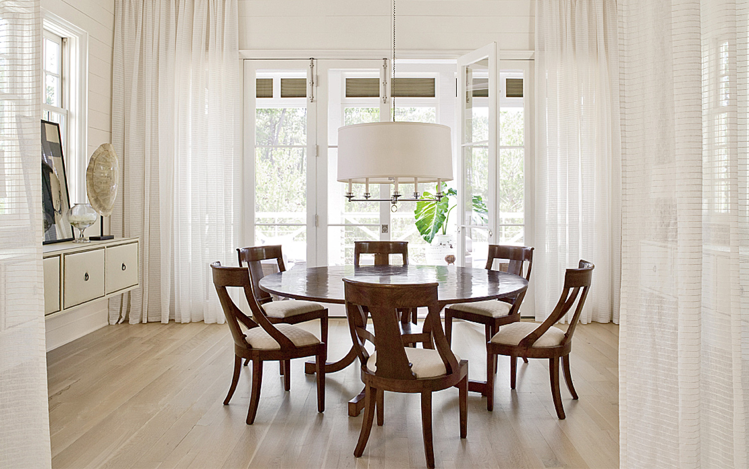 Paul Bates Architects || Architecture . Interiors . Furniture ...